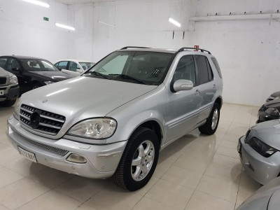 Mercedes-benz ML 400 V8 en Cuenca
